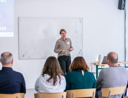 Výzva, ktorá má zmysel: Školenia digitálnej gramotnosti či praktické príručky do tried