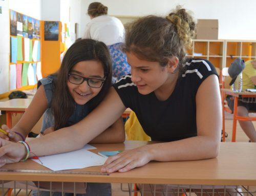 Slovenské školy pripravujú na spoluprácu slabo. Petržalskú triedu učila spolupracovať sochárka